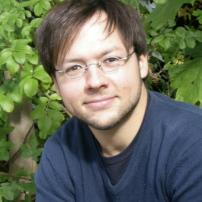 Dr Fabian Große
